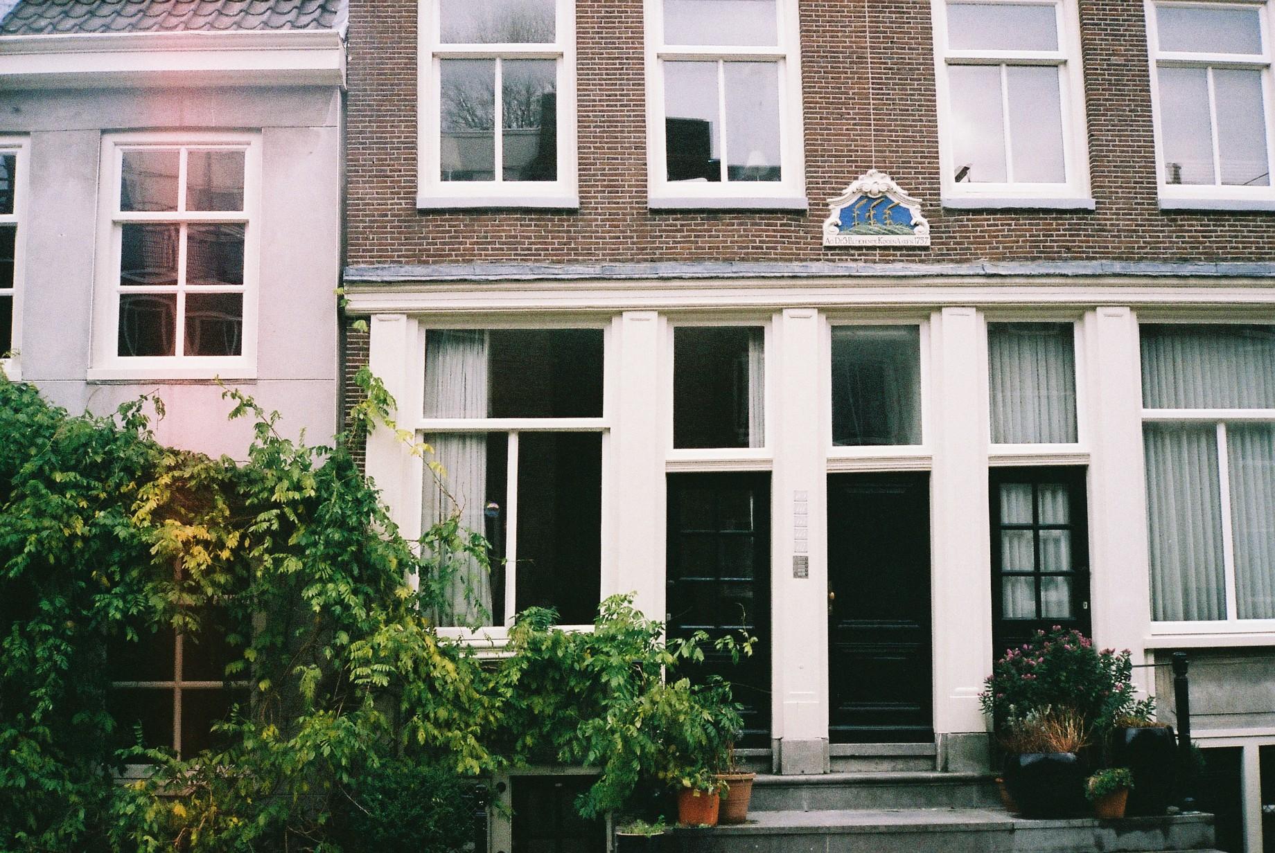 Amsterdam houses, analoog